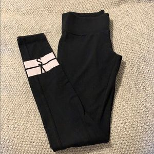 Victoria's Secret Leggings. Regular length XS